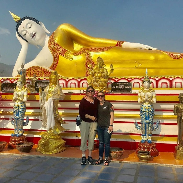tượng phật nằm - công trình tâm linh quan trọng tại đền Wat Umong