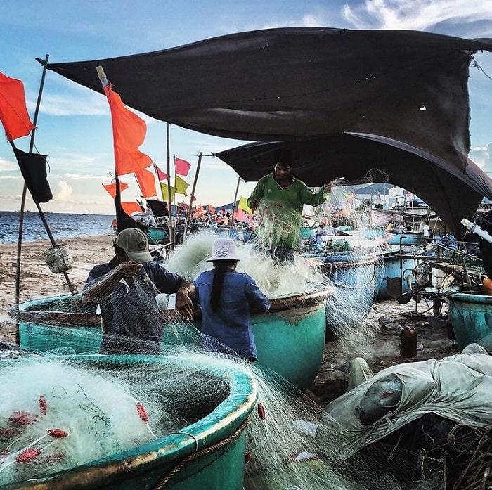 người dân chài lao động - nét đẹp tại biển Phước Hải Vũng Tàu