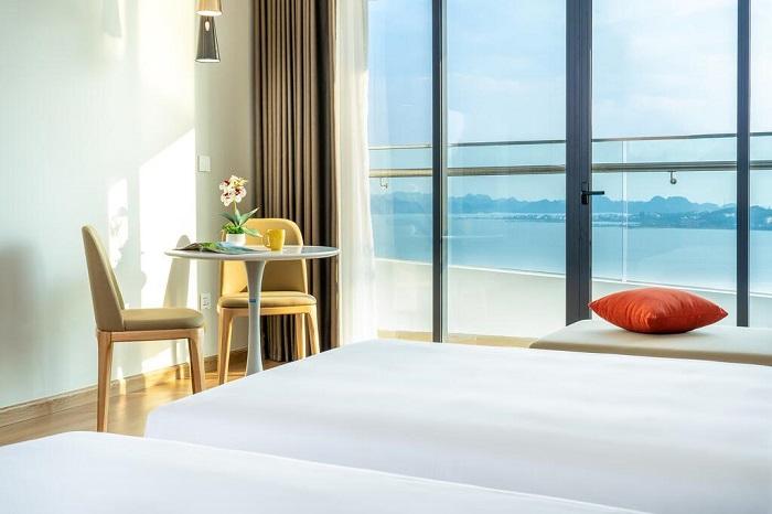 Combo Hạ Long 2N1Đ nghỉ Phát Linh Hotel 5* + xe limousine + ăn sáng chỉ từ 1tr2