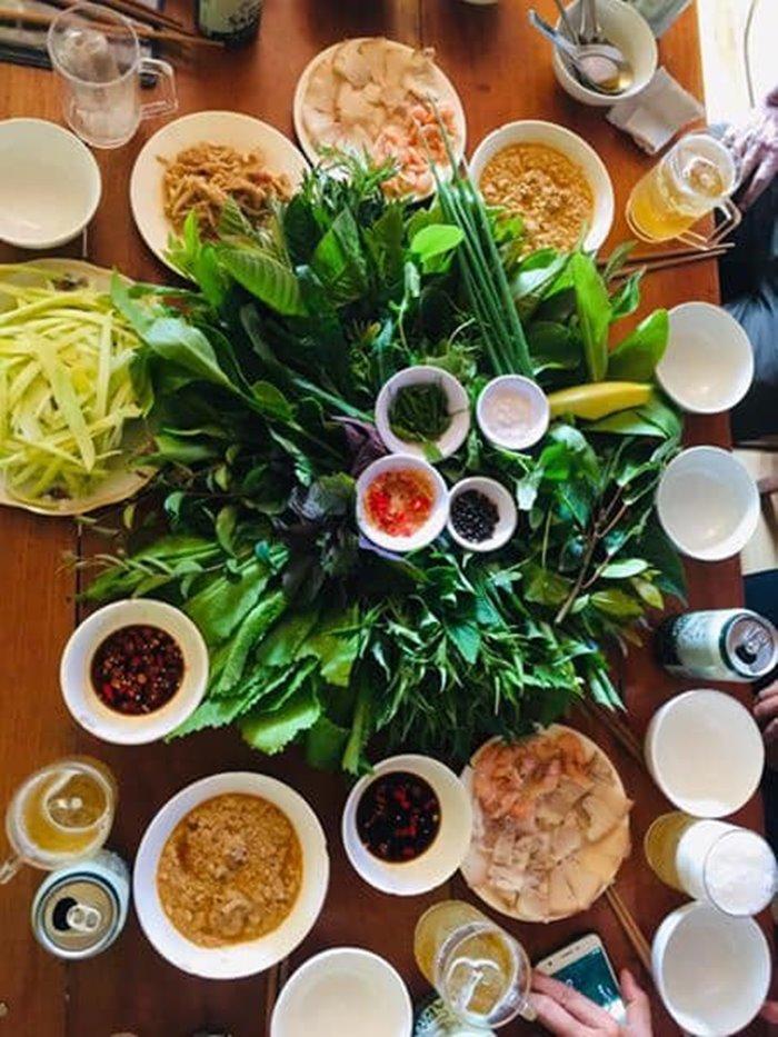 gỏi lá Út Cưng quán ăn ngon ở Kon Tum