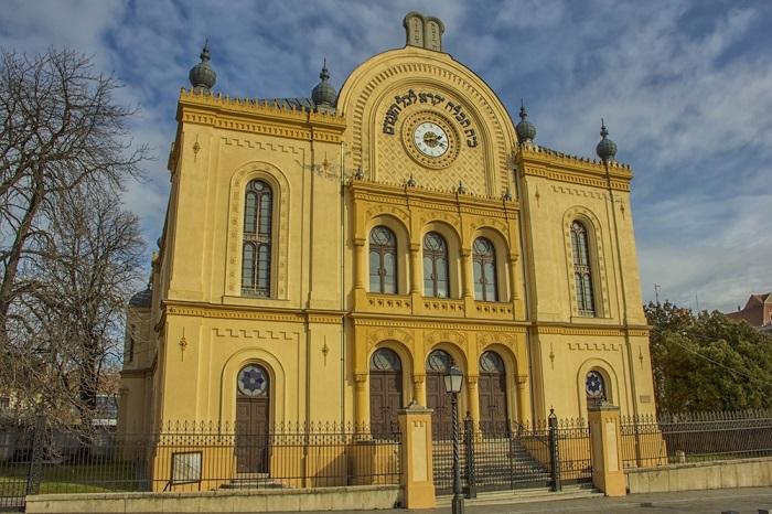 Giáo đường Do Thái Pécs - Du lịch Pecs