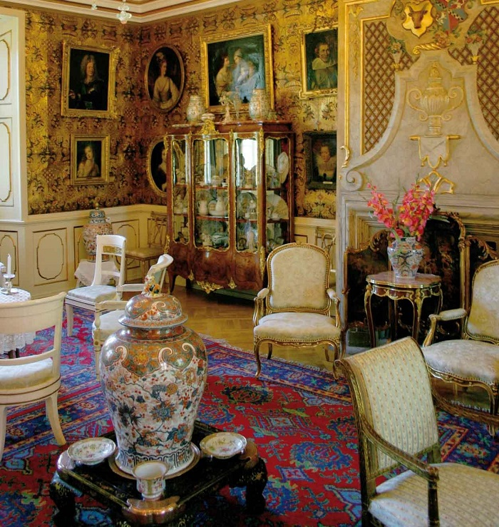 Nội thất bên trong lâu đài Voergard - Những lâu đài đẹp nhất ở Đan Mạch