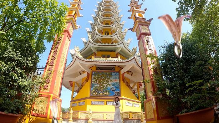 chùa Thái Sơn núi Cậu Bình Dương- vãn cảnh