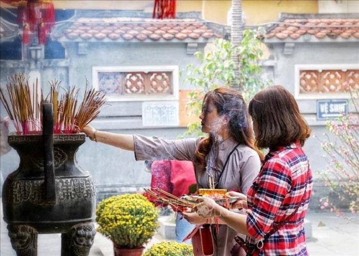 Lễ chùa Thành đầu năm