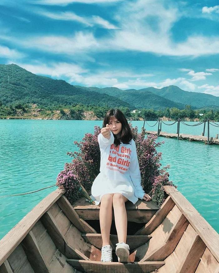 Những địa điểm du lịch miễn phí ở Vũng Tàu - Hồ Đá Xanh