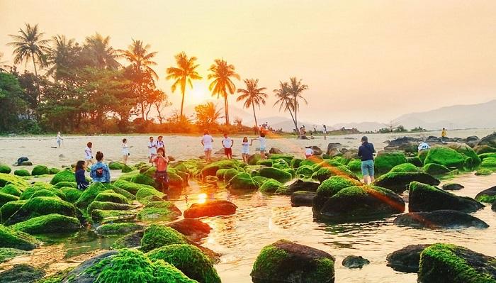 Nam O Beach - a unique sunset spot in Da Nang