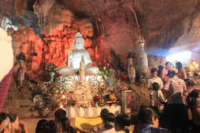 lễ hội đền Thác Bờ - lễ hội ở Hòa Bình đặc sắc