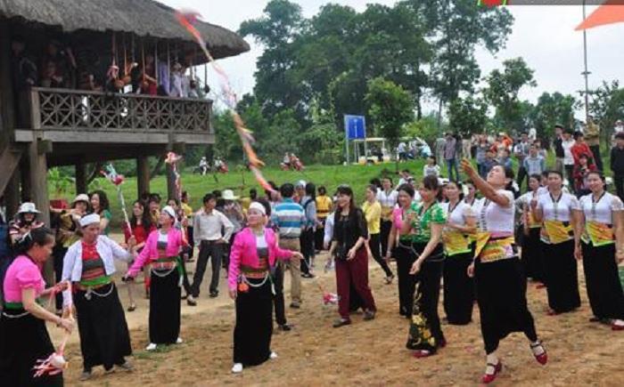 Lễ hội Làng Vai - lễ hội ở Hòa Bình đặc sắc