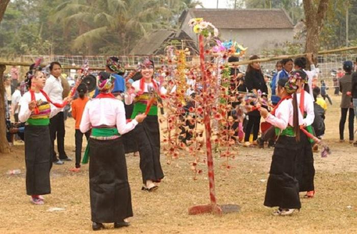 lễ hội sắc bùa - lễ hội ở Hòa Bình đặc sắc