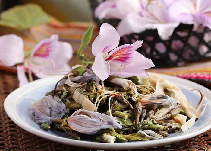 món ăn làm từ hoa ban