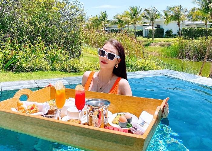 Review resort Melia Hồ Tràm – tận hưởng bữa sáng nổi trên hồ bơi 'chanh sả'