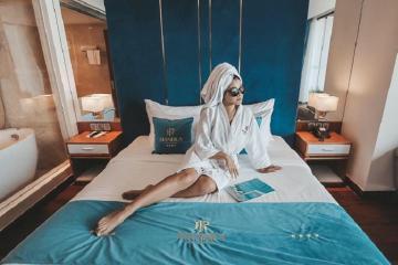 Top 7 khách sạn Quận 10 giá rẻ, phòng đẹp và dịch vụ tốt
