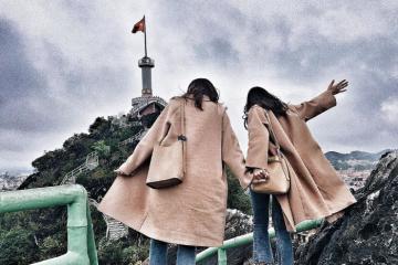 Bắt trọn vẻ đẹp cột cờ Núi Phai Vệ nổi tiếng ở Lạng Sơn