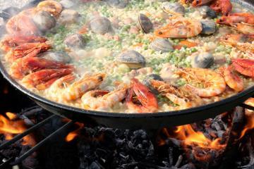 Món Paella - món ăn được yêu thích nhất của ẩm thực Tây Ban Nha