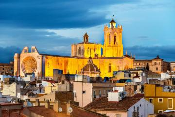 Khám phá thành phố La Mã cổ đại Tarragona Tây Ban Nha