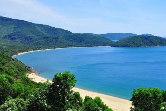 Làng Vân Đà Nẵng - điểm cắm trại siêu thú vị dưới chân đèo Hải Vân