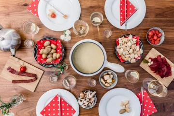 Khám phá ẩm thực Thụy Sĩ trong lễ Giáng sinh và Năm mới
