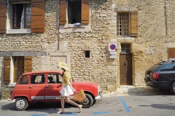 Làng cổ Gordes – ngôi làng đẹp tựa chốn thần tiên của Pháp