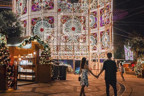Lộng lẫy và ngọt ngào mùa lễ Giáng Sinh ở Singapore