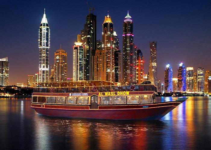 đi thuyền Dhow ở Dubai