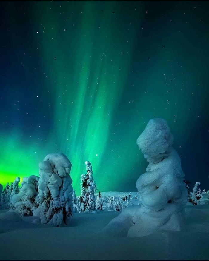 Du lịch Nga tháng 12 săn bắc cực quang