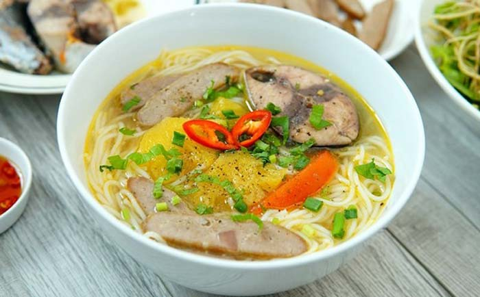 List of delicious noodle dishes in Vietnam - Nha Trang fish noodle soup