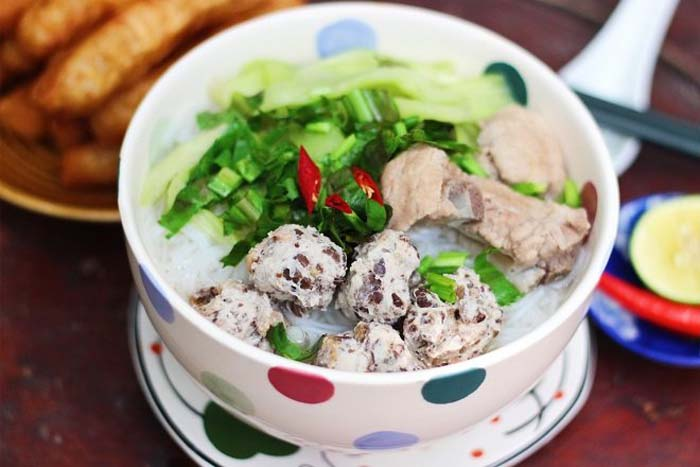 List of delicious noodle dishes in Vietnam - Noodles grow frugally easy to eat