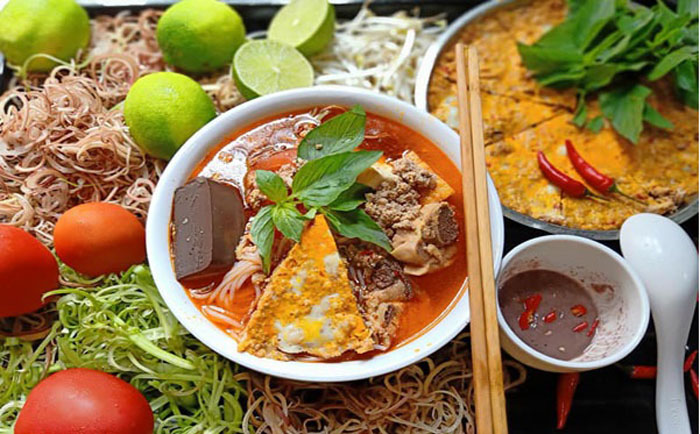 List of delicious noodle dishes in Vietnam - Bun rieu crab