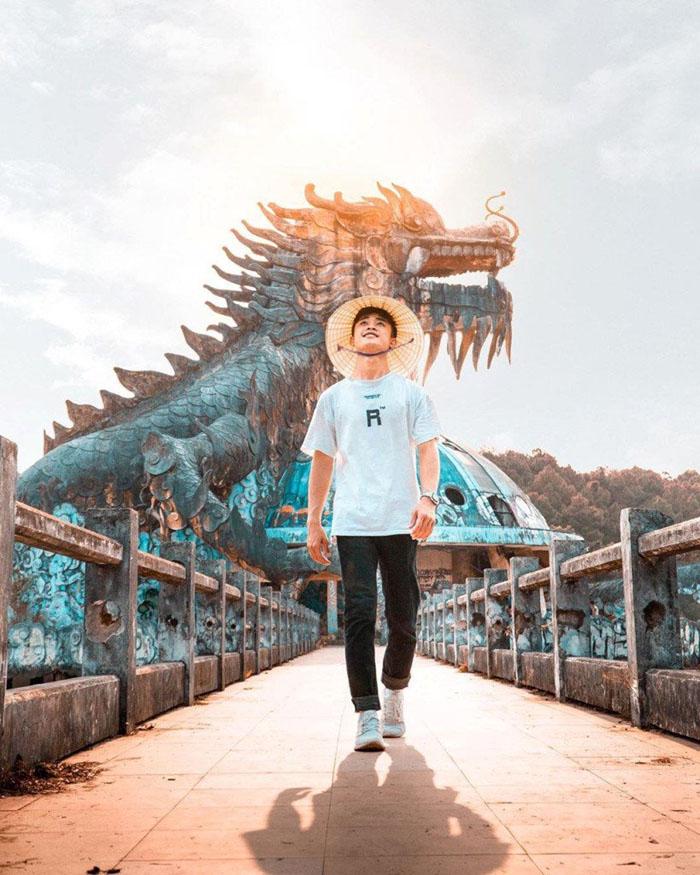Vẻ đẹp ma mị của công viên bỏ hoang ở Huế - Bước vào một thế giới kỳ ảo