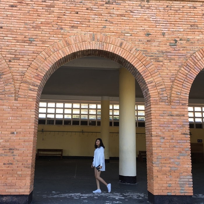 Dalat College of Education - arched columns