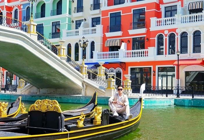 Explore Grand World Phu Quoc - simulating the Venice stream