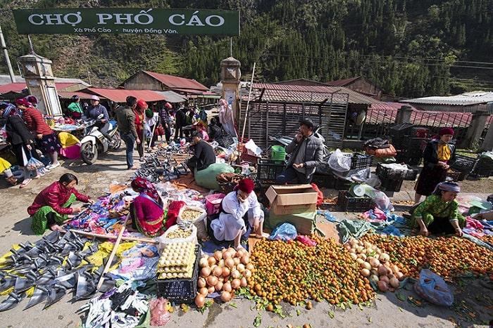 Chợ phiên Phố Cáo - một trong những khu chợ phiên hà Giang đặc sắc