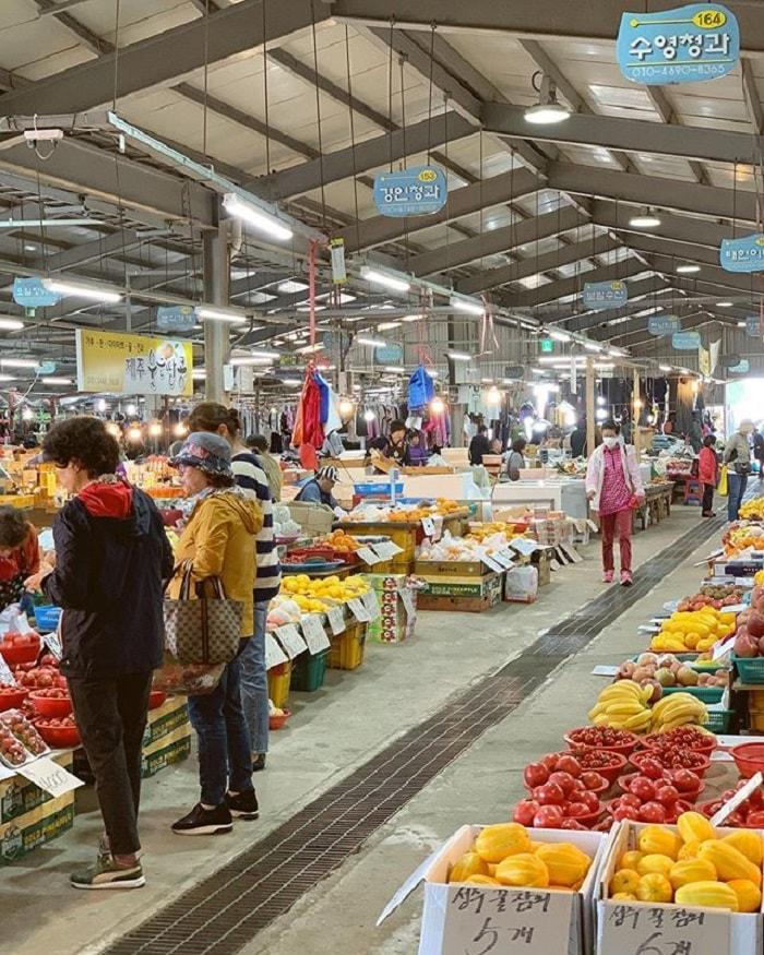 chợ truyền thống ở Jeju - mua nông sản chợ Daejeong