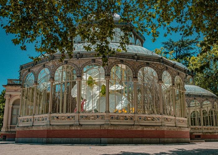 Cung điện pha lê trăm tuổi nằm ở Madrid Tây Ban Nha