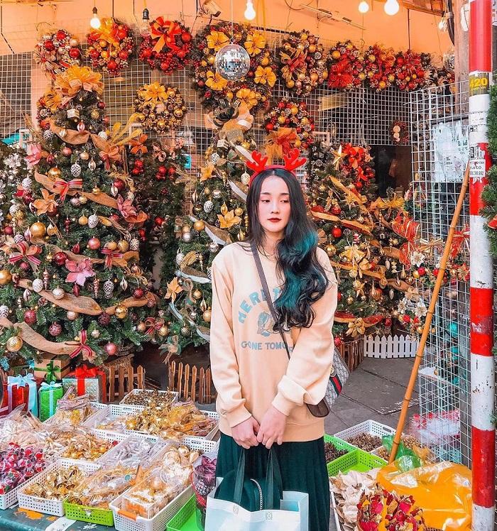 địa điểm chụp ảnh Giáng Sinh tại Hà Nội - Hàng Mã