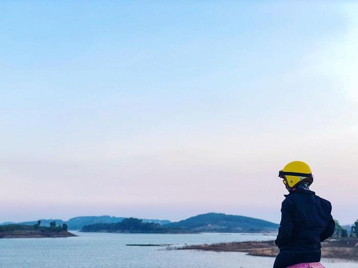 địa điểm du lịch Đức Trọng - ngắm cảnh hồ Đại Ninh