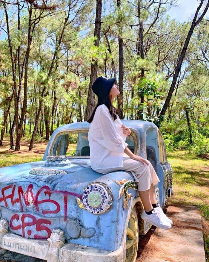 Vẻ đẹp ma mị của công viên bỏ hoang ở Huế - Địa điểm thu hút khách du lịch