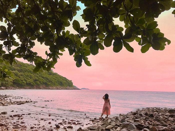 du lịch Côn Đảo từ Hà Nội - ngắm hoàng hôn bãi Ông Đụng