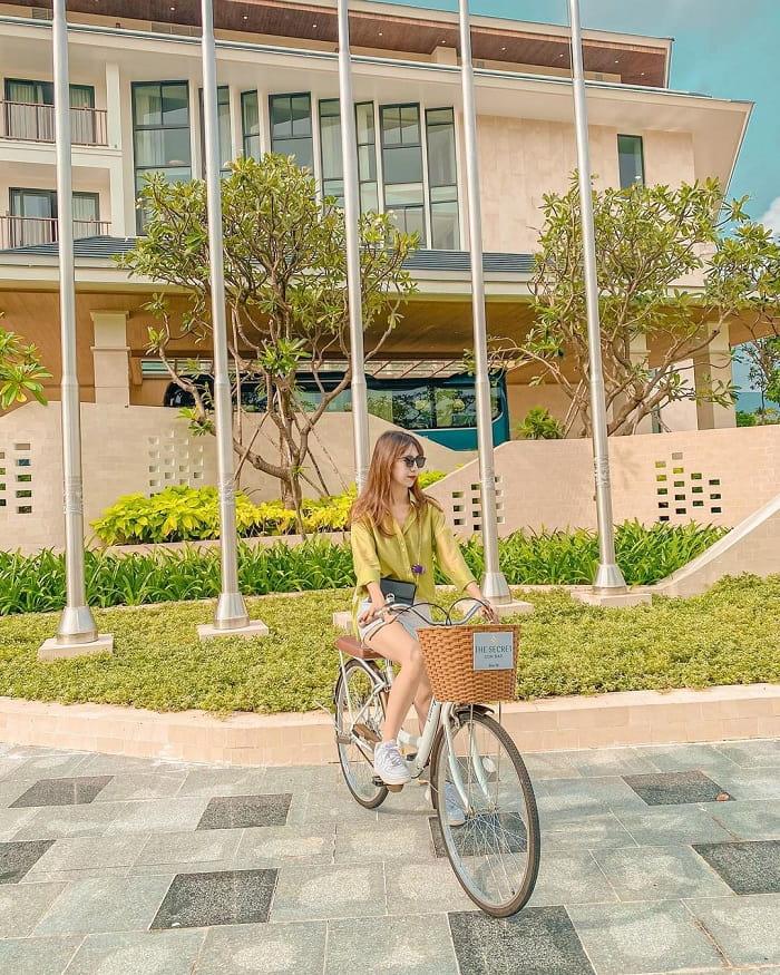 du lịch Côn Đảo từ Hà Nội - khám phá xung quanh bằng xe đạp