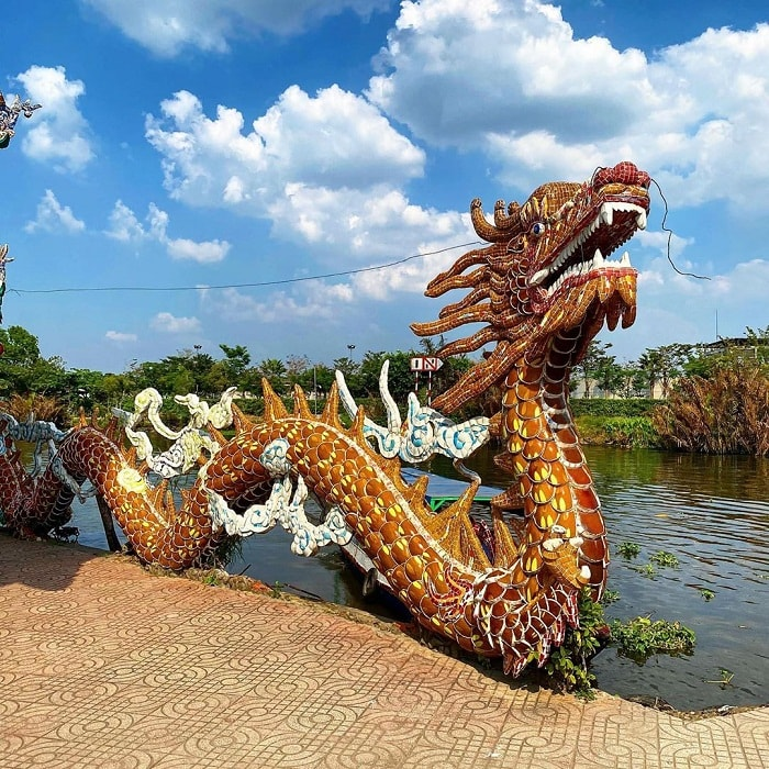 Dragon statue at the Temple of the Floating Temple on the Saigon River