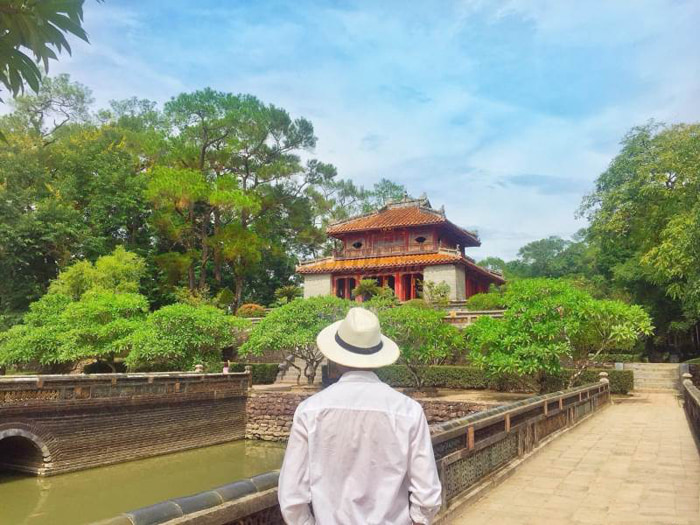 Architectural beauty of Hue Minh Mang mausoleum - extremely expensive position