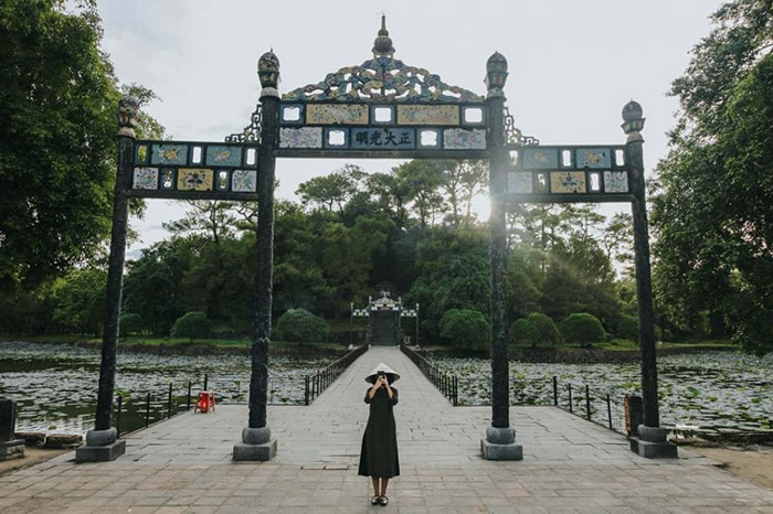 The architectural beauty of Minh Mang Hue mausoleum - obeying a balanced and symmetrical layout