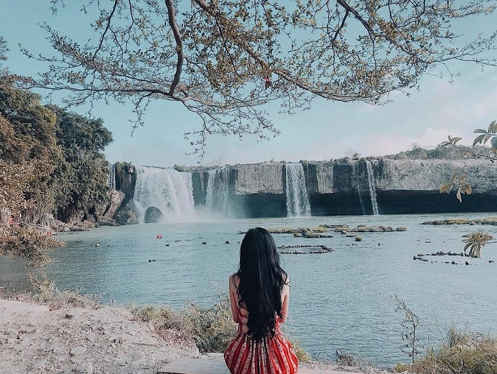 the poetic beauty of Dray Nur Falls