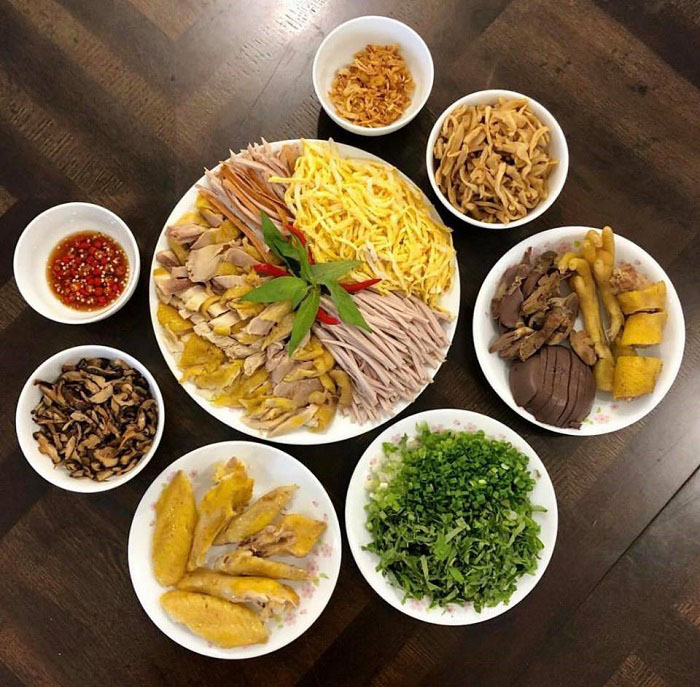 List of delicious vermicelli dishes in Vietnam - Ingredients to cook bun thang