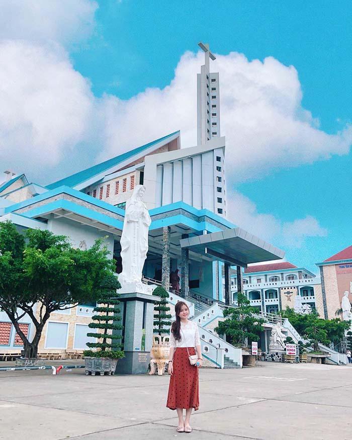 Pilgrimage to Father Diep Bac Lieu Church - located on Bac Lieu street to Ca Mau