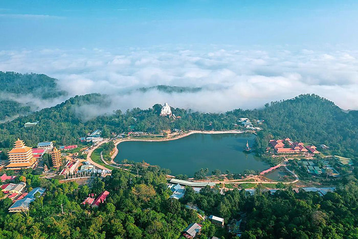 Travel experience Tinh Bien An Giang - majestic wild Cam Mountain