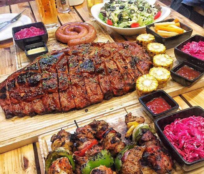 District 1 - Ut Ut Quan - Barbecue & Beer
