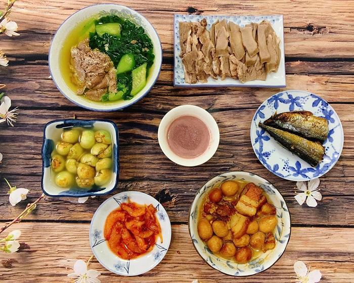 Good restaurants in District 1 - Quan Bui