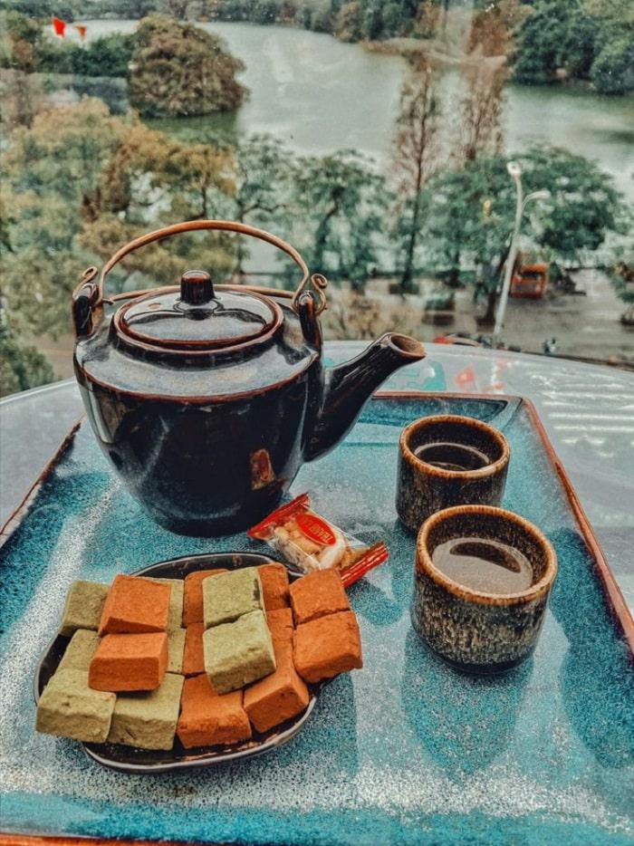 Avalon Cafe - quán cà phê view Hồ Gươm siêu đẹp ở Hà Thành
