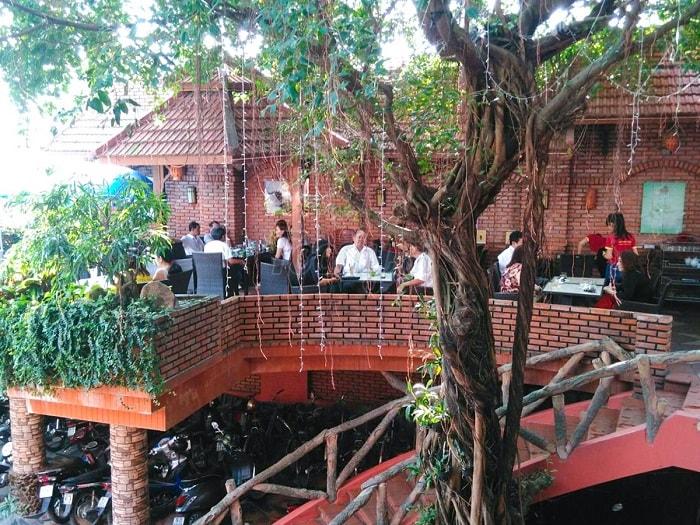 quán cafe đẹp ở Phú Yên - quán Huy Tùng